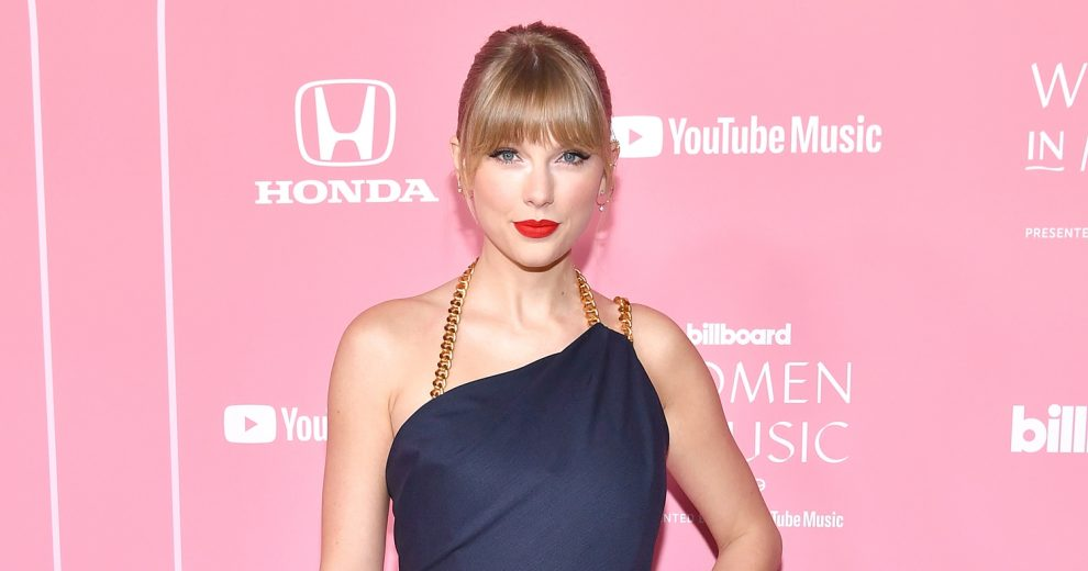 Taylor Swift Donates $3,000 to Fans Affected by Coronavirus Crisis: 'I Was Just Speechless'