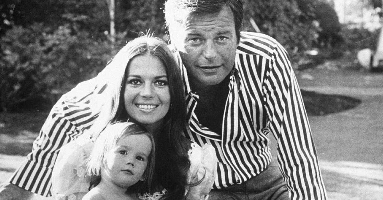 Robert Wagner Says Daughter Natasha 'Knows I Never Would Have Done Anything to Hurt Her Mother'