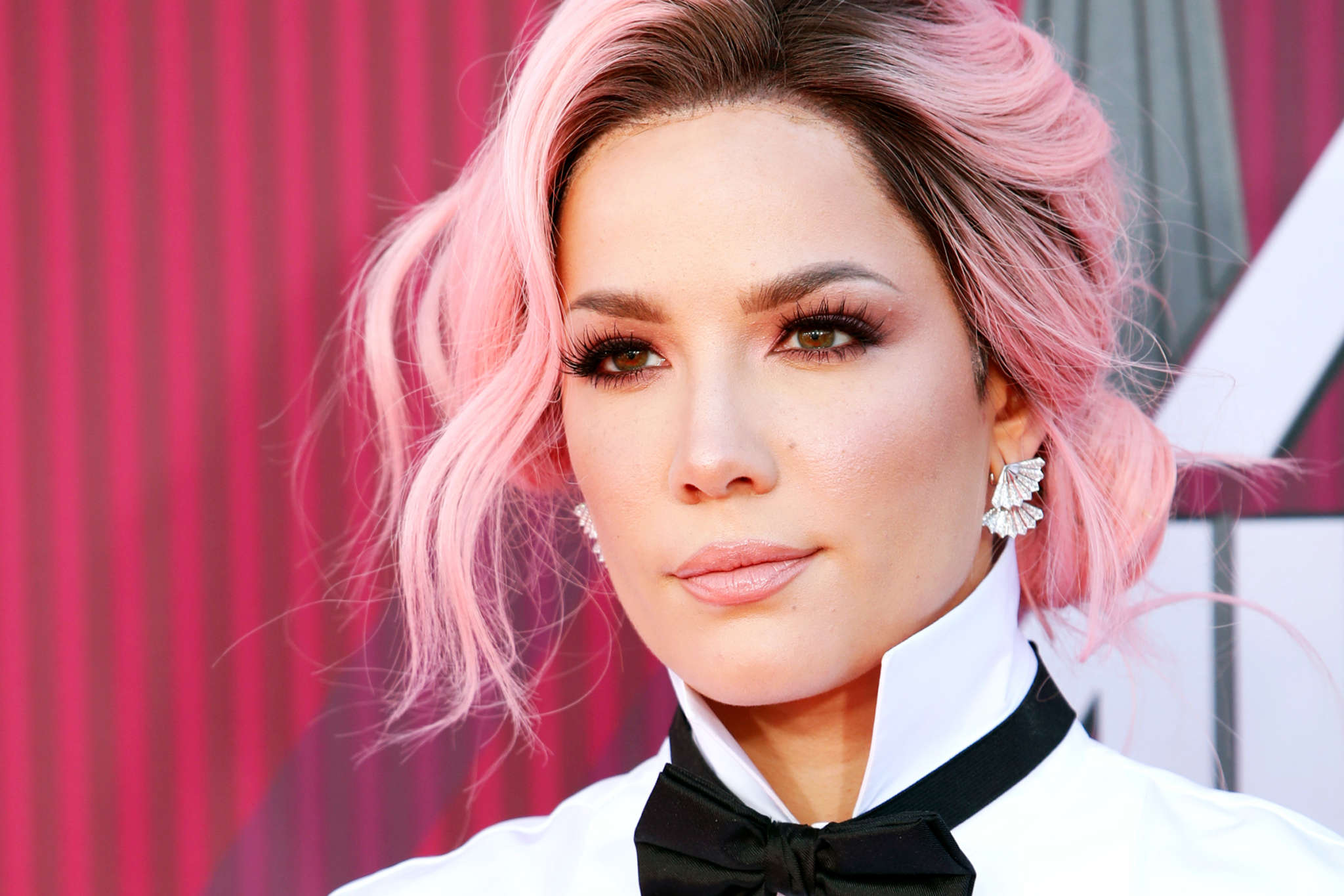 Halsey Slams Followers Who Ask To Take Pics With Her Whereas Protesting – 'Don't Even Ask!'