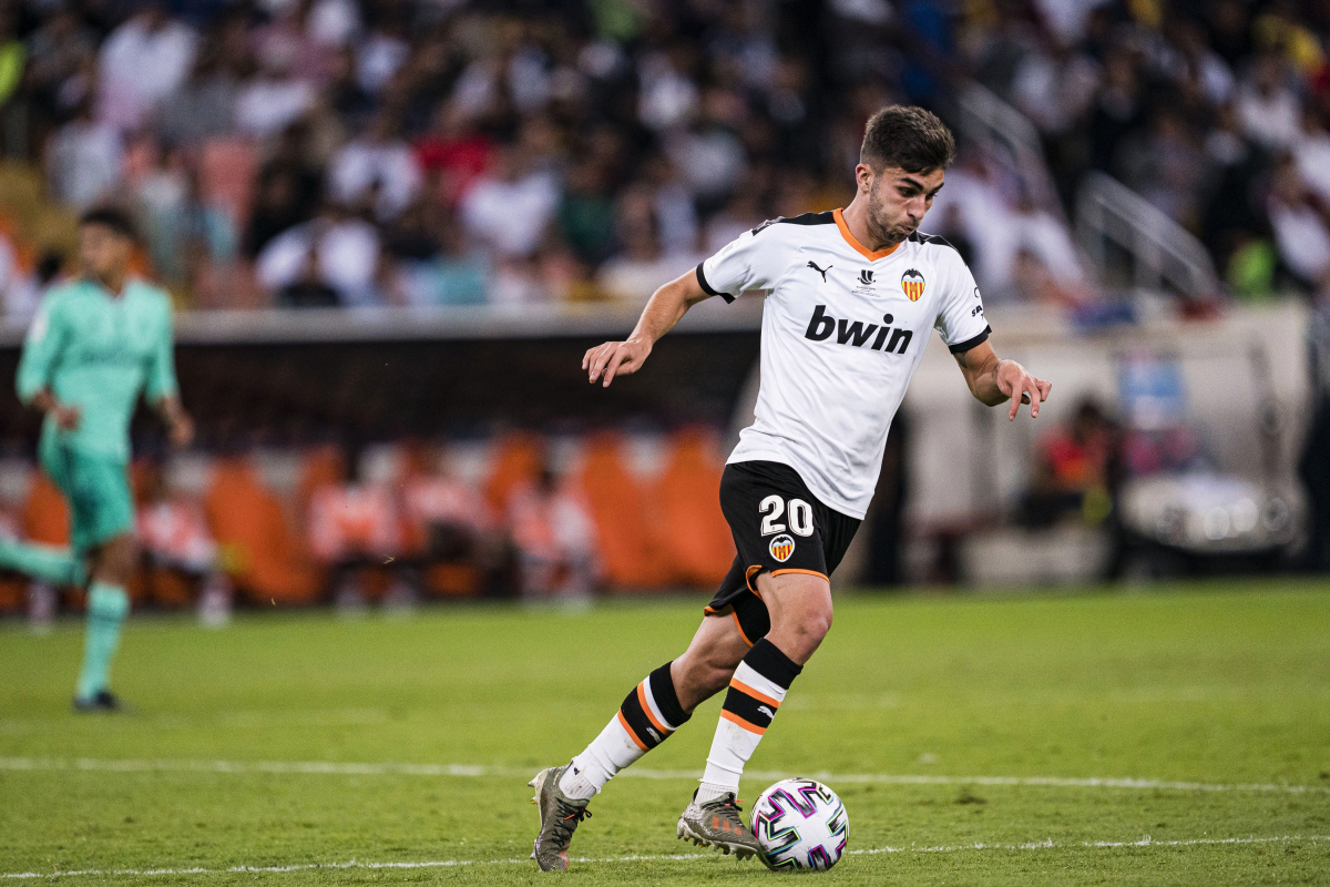 Manchester United lining up 'firm offer' for Valencia youngster Ferran Torres as Ole Gunnar Solskjaer considers Jadon Sancho alternatives