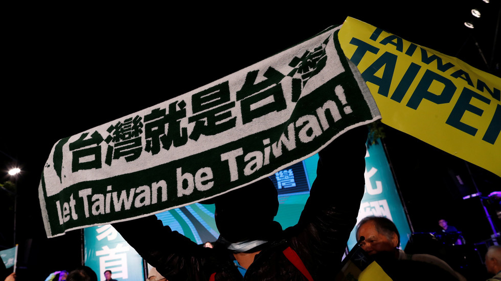 China engaged on blacklist of 'diehard Taiwan secessionists' amid rising tensions with Taipei