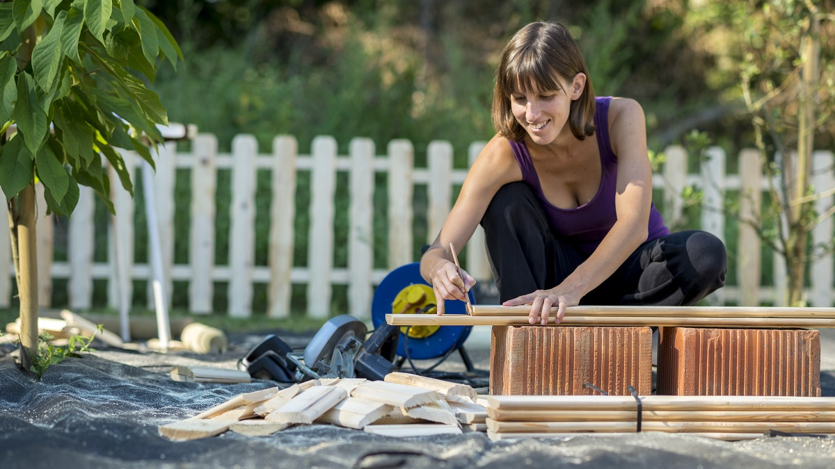 6 Inexperienced DIY Initiatives for Residence and Backyard